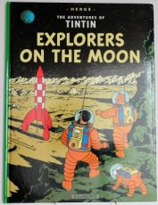 Hergé - Explorers on the moon